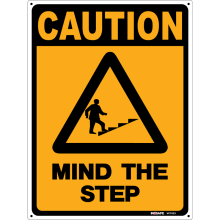 Mind The Step Astrolift